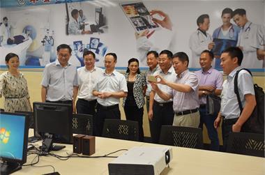 南京医科大学校领导来我院指导交流
